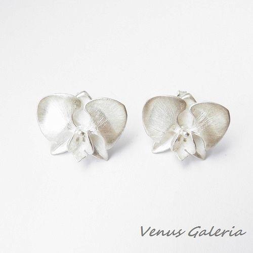 Kolczyki - Biała orchidea na sztyftach - Sklep internetowy z biżuterią srebrną