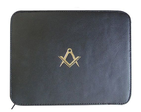 Freemasons Masonic Lodge Certificate wallet in FAUX Leather with S&C print     This wallet is designed to hold few folded in A5 size Certificates    Available in Black FAUX  (imitative , leather look) Leather    Three side zip and this wallet opens like a book    Dimensions 22cm wide x 17.5cm high    We can make the same in Real Cowhide leather or Real Sheep Nappa Leather, please ask us for a Price    All our items are made upon order, so if you wish small modification, please do not…