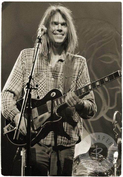 Neil Young, London by Michael Putland www.RockPaperPhoto.com