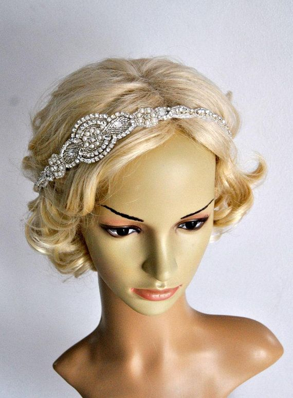 Hey, I found this really awesome Etsy listing at https://www.etsy.com/listing/268899677/long-bridal-headband-crystal-pearls