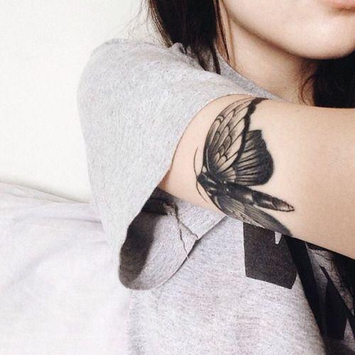 I have no idea why I like this tattoo because I absolutely hate moths