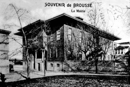 Bursa tarihi belediye binasi