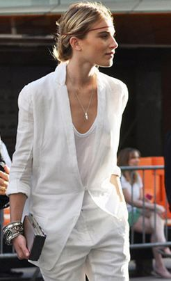 Dree Hemingway in Calvin Klein, white suit #minimalist #fashion #style