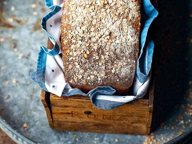 Glutenfritt grovt bröd