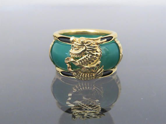Vintage 18K Solid Yellow Gold Green Onyx Dragon Band Ring Size