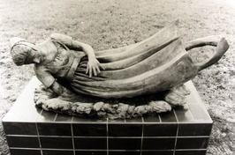 Standbeeld van een melkmeisje. Het standbeeld is gebaseerd op een volksverhaal  …