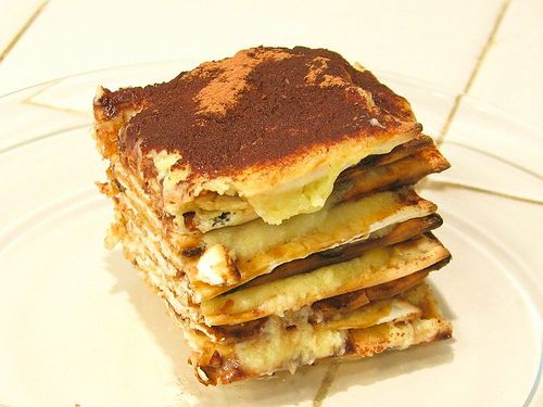 Tiramatzah: kosher for #Passover tiramisu! Espresso-soaked matzah layered with custard (or mascarpone) and topped with cocoa powder. A very creative Passover dessert recipe.