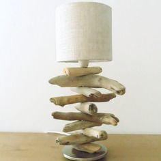 Petite lampe bois flotté socle métal alu - abat-jour rond lin - modèle unique