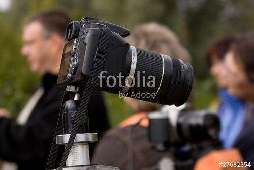 """Laden Sie das lizenzfreie Foto """"Kamera"""" von Photocreatief zum günstigen Preis auf Fotolia.com herunter. Stöbern Sie in unserer Bilddatenbank und finden Sie schnell das perfekte Stockfoto für Ihr Marketing-Projekt!"""