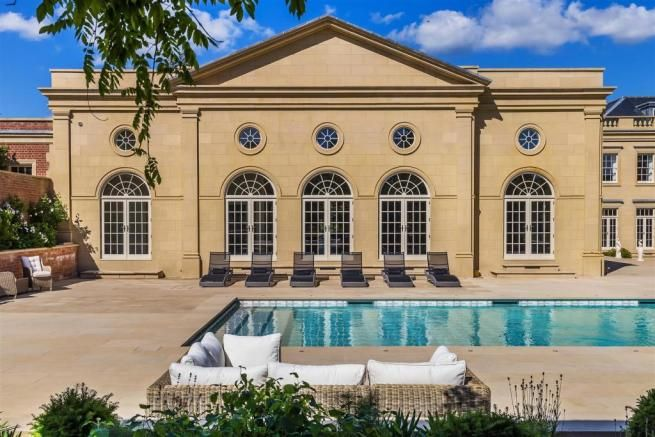 10 Bedroom House For Sale In Mill Lane Chiddingfold Godalming Gu8 Mansions Property For Sale Indoor Swimming Pools