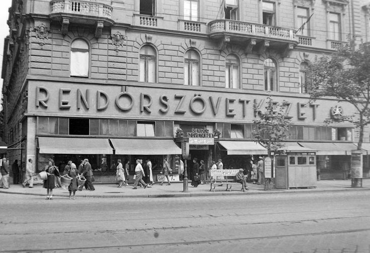 Rákóczi út, KAzinczy utca corner, 1948