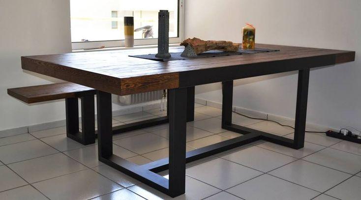 Iron-wood τραπέζαρία.
