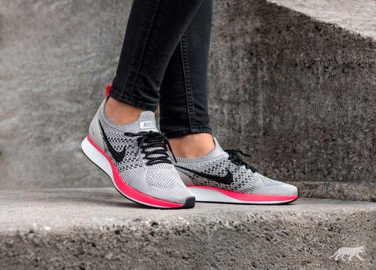 Nike Wmns Air Zoom Mariah Flyknit Racer PRM (String / Black - White - Solar Red)