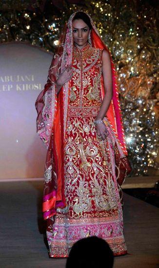 Red and pink lengha by Abu Jani-Sandeep Khosla, Indian bridal lehenga
