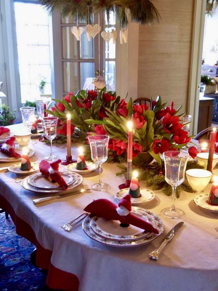 Top 150 Christmas Tables (2/5)🎄 & 1223 best Christmas Table Decorations images on Pinterest ...