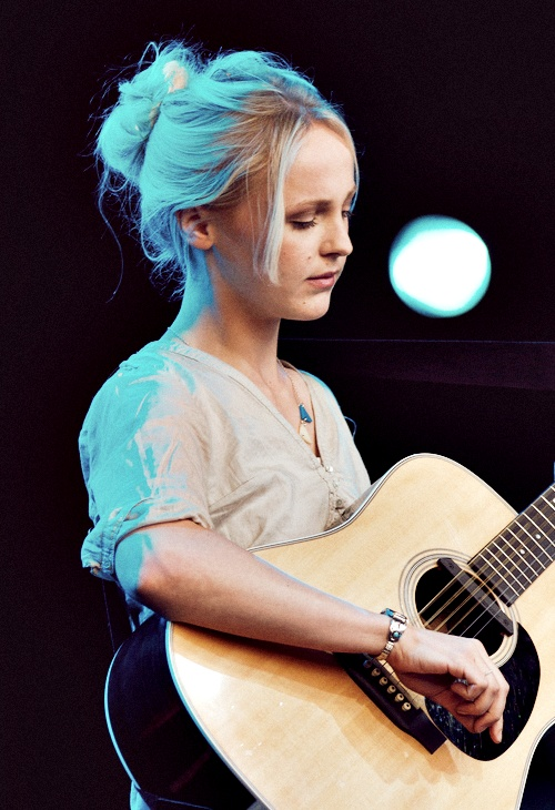 Happy Birthday to Laura Marling!