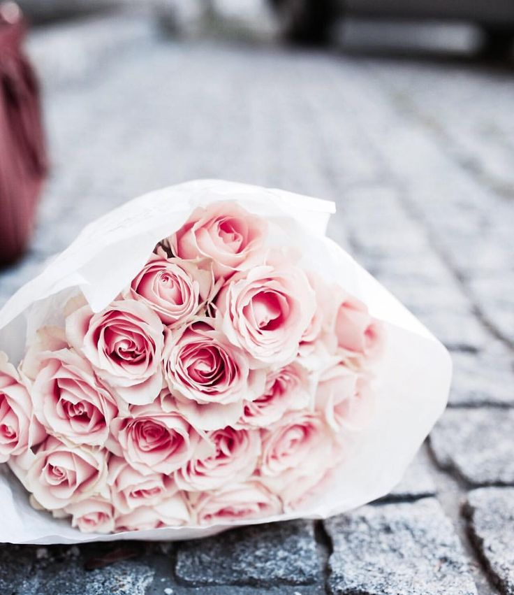 Mothersday Flowers 🌹 mothersday, flowers, roses, red roses, rosé, rosa, girly, rose, inspo, inspiration, decoration