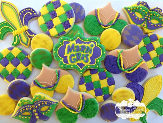 This listing is for a bakers dozen (13) Mardi Gras cookies. *To order a different quantity, please message me and I will set up a special