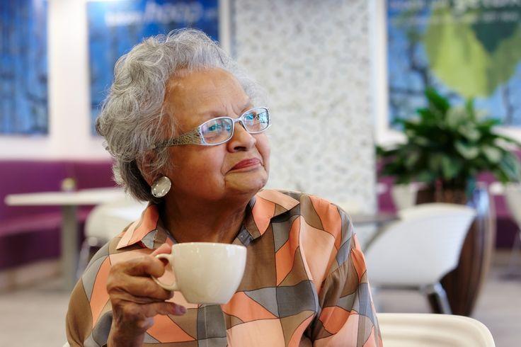 """""""Elke dag drink ik een lekkere cappuccino in de coffeecorner."""""""