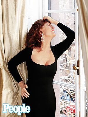Susan Sarandon is my new hero. She's just so damn cool. Aside from her long, successful career (that didn't begin til just about my time now ;) she is also the proprietor of a badass ping pong hot spot in NYC. Famous, grounded, oh, and quietly hanging out w/ a man 20 some years her junior. She just doesn't need to tweet about it…