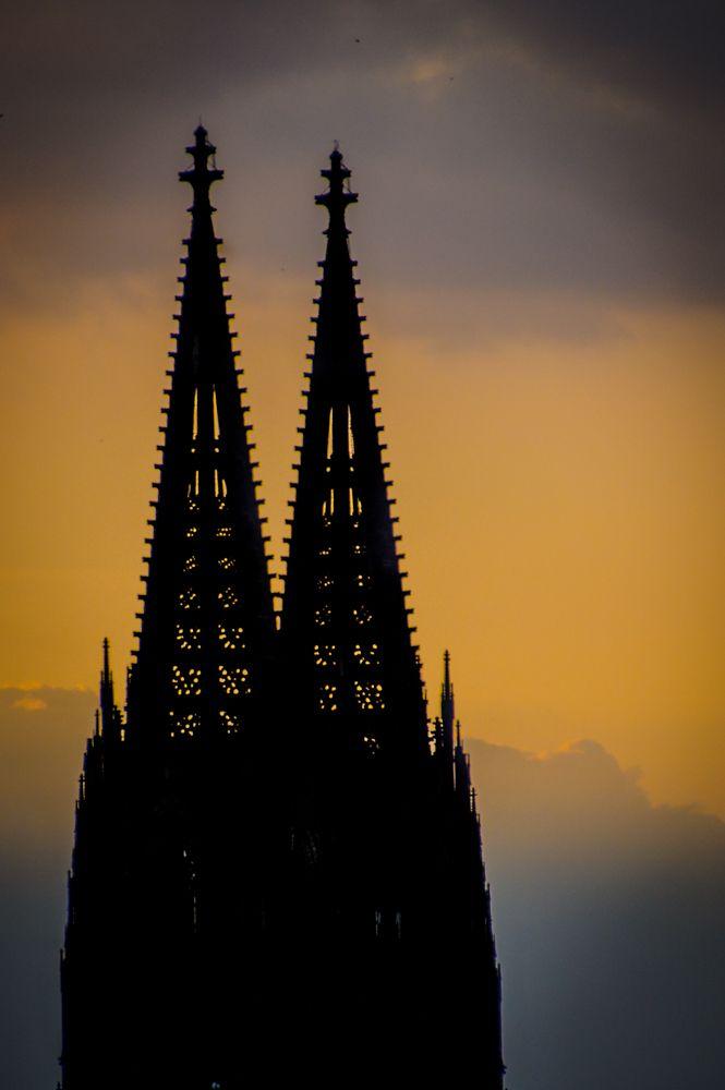 Sunset Sunday – The Dom of Köln, Germany