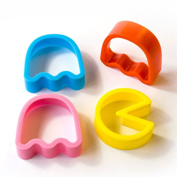 Pac-Man Cookie Cutters *omg these would make awesome sugar cookies so you could decorate them to look like the characters... Vintage video game party time!