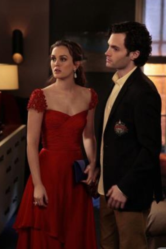 leighton meester red prom dress evening gown in gossip girl 5 - Blair Waldorfzimmer