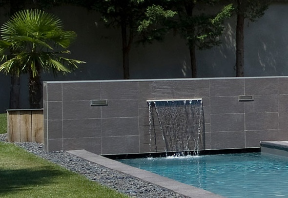27 best images about cascade sur pinterest fontaines de jardin tangs d 39 arri re cour et - Piscine mur a peche ...