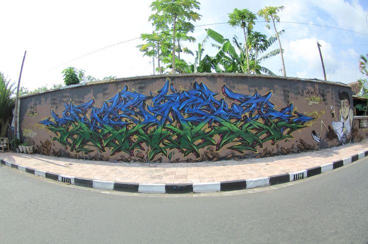 25 feet long. Yogyakarta city