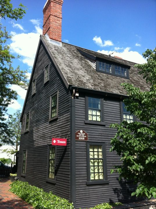 1000 ideas about colonial style homes on pinterest for New england colonial style