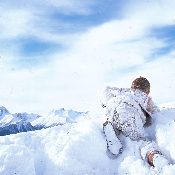 Kid's Wear - Advent Calendar 2014 Let it snow..let snow  photo by Achim Lippoth