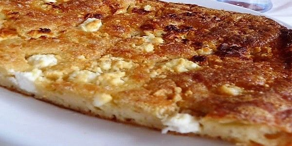 Η ζυμαρόπιτα είναι ένα εύκολο νόστιμο και με πολύ λίγα υλικά σνακ που μπορεί να το φάτε για πρωινό δεκατιανό να το πάρετε μαζί σας αλλά ...
