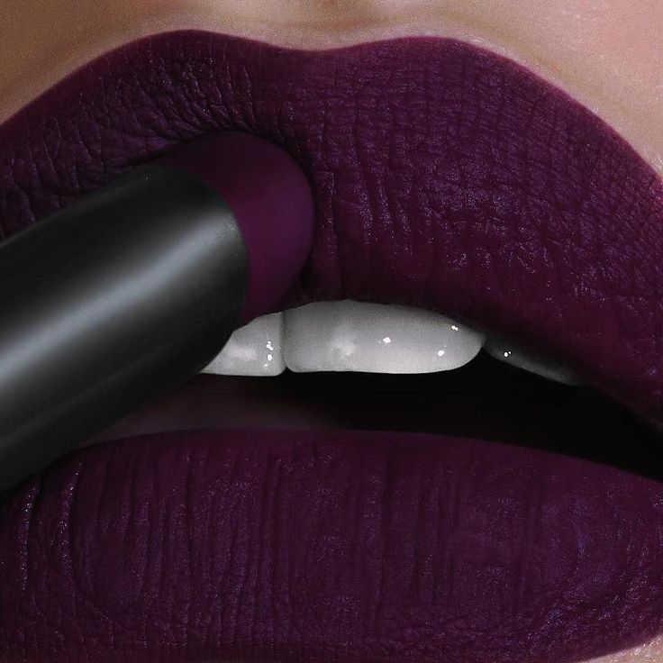 """13.1k Likes, 137 Comments - Makeup Geek Cosmetics (@makeupgeekcosmetics) on Instagram: """"You don't have to be #Vain to love this lip! @rebellebeautyx is rocking our Iconic Lipstick in Vain…"""""""