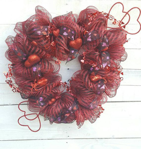 Check out this item in my Etsy shop https://www.etsy.com/listing/486886468/heart-wreath-valentine-wreath-valentines