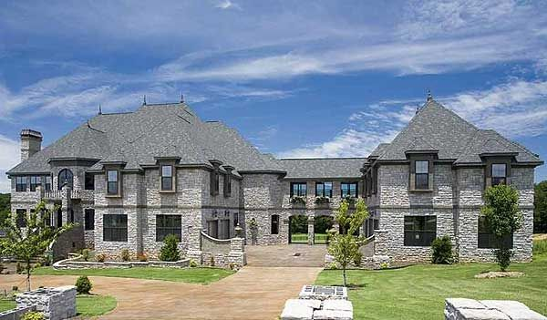 Best 25 castle house ideas on pinterest big houses for Architecturaldesigns com house plan 56364sm asp