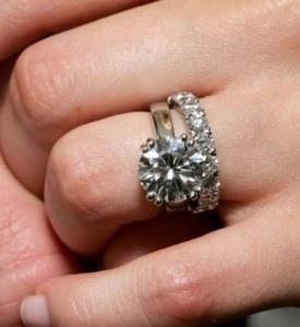 avril levine wedding ring