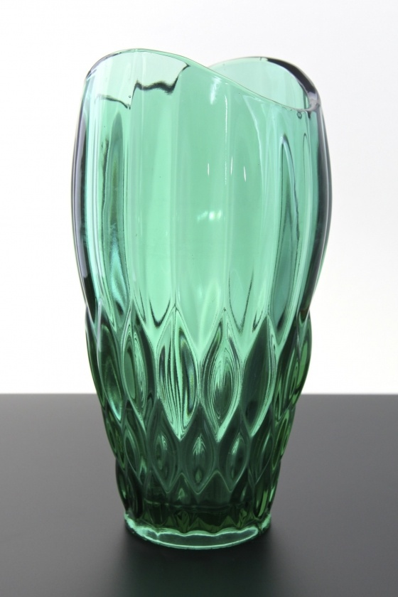 Sklo Union, Rudolfova Glassworks green vase no. 12992, designed by Vaclav Hanus, Czechoslovakia circa late 1950′s