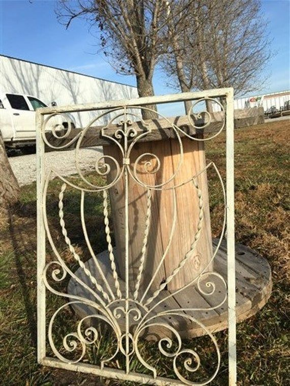 Wrought Iron Fence Panel Architectural Salvage Grate Garden Art Vintage O Antique Fence Pan In 2020 Iron Fence Panels Wrought Iron Fence Panels Iron Fence