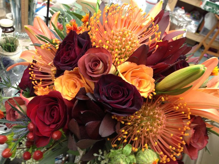 Beautiful fall bridal bouquet @ the Dutch Tulip #bridal #fallwedding Columbiana ohio 330.482.2909