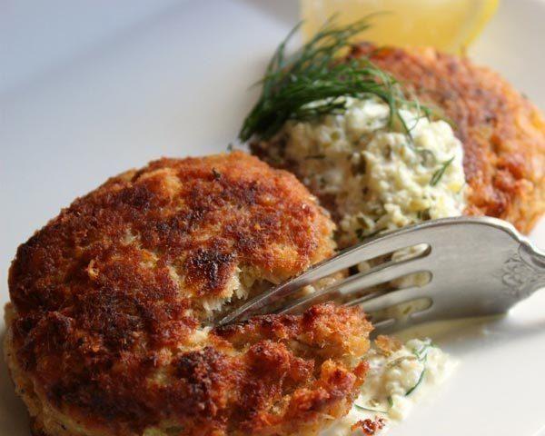 Ritz Cracker Salmon Cakes Recipe by Patricia Stagich