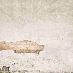 Spécial et unique, il y a une texture pour tout le monde  Que ce soit du papier peint avec du béton, un mur de briques ou des pierres, Rebel Walls vous offre un grand choix de papiers peints sur le thème de la texture et ils s'adaptent à vos besoins. Il y a 96 styles différents à choisir pour apporter une touche supplémentaire dans vos pièces. Imaginez une fresque de pierre sur votre mur juste à côté de votre cheminée pour ajouter du confort. Ou vous pouvez installer du marbre dans votre…