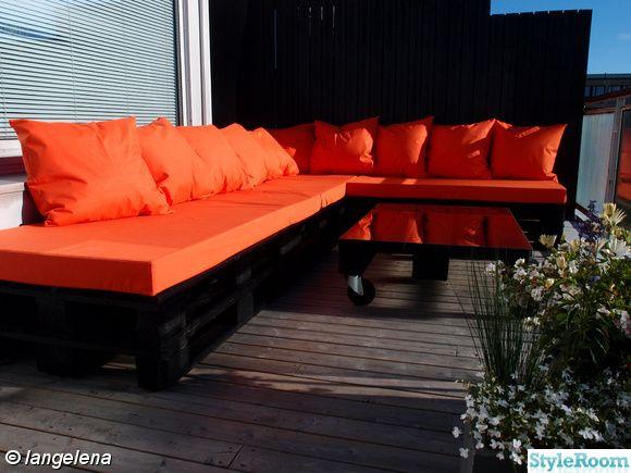 lastpall,lastpallar,sj-pallar,terass,balkong,utomhus,bord,hörnsoffa,orange,lägenhet fem