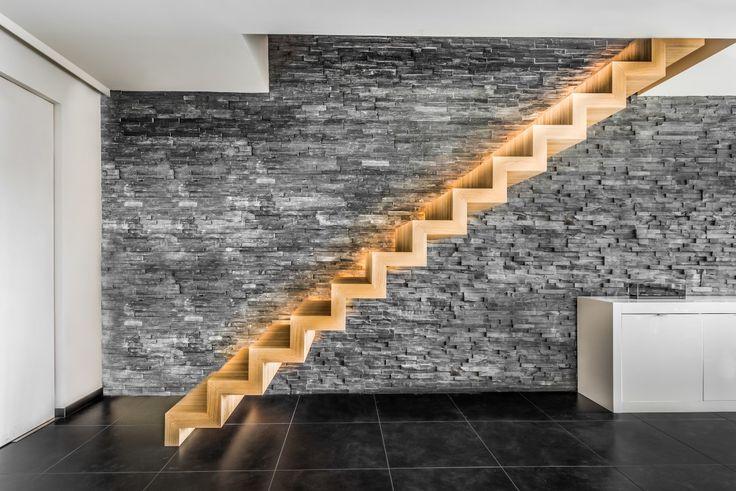 17 beste idee n over moderne trap op pinterest trappenhuis ontwerp drijvende trap en trap - Model interieur trap ...