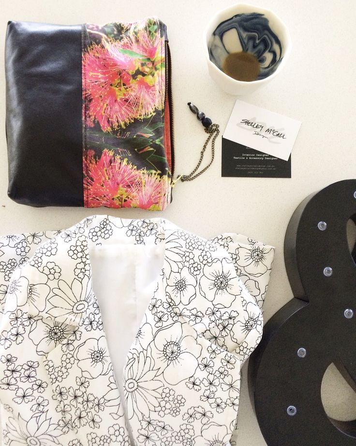 Be a #bosschick with a confident outfit and stylish accessories and business cards. outfit for the day #monochrome #7vignettes #day3 @interiorsaddict @lifeinteriors #shelleymccalldesign #accessoriesdesigner #interiordesigner #textiledesigner #girlbossesAu #talnts