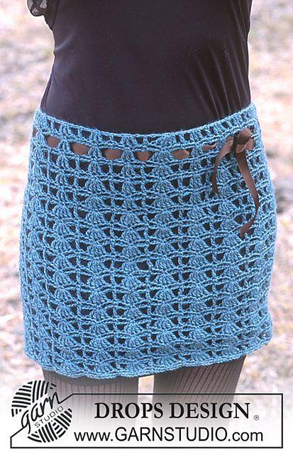 crochet mini skirt pattern via 20 Popular Free #Crochet Skirt Patterns for Women