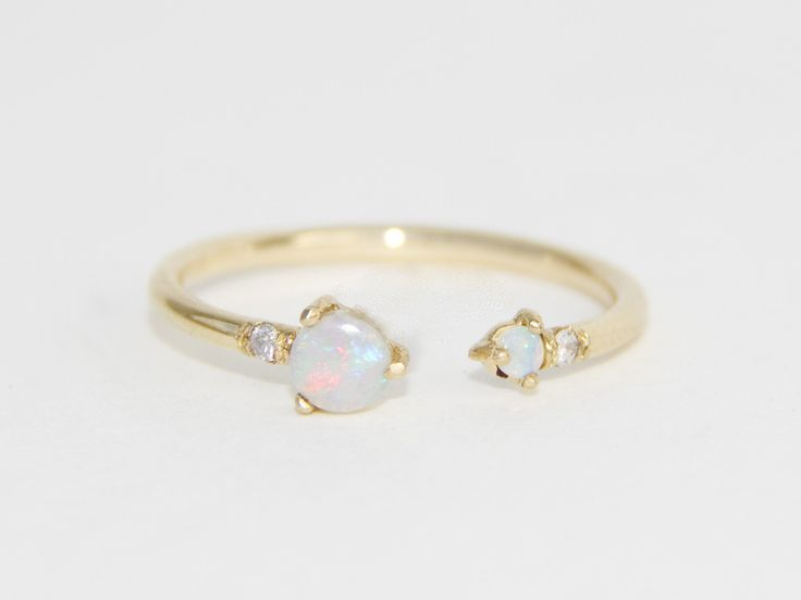 25 Best Ideas About Opal Engagement Rings On Pinterest Pretty Rings Uniqu