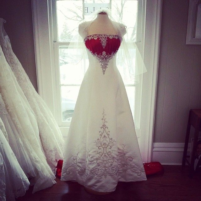 Add a little colour to your wedding dress.