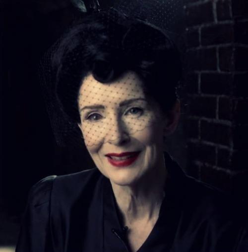 AMERICAN HORROR STORY-Frances Conroy