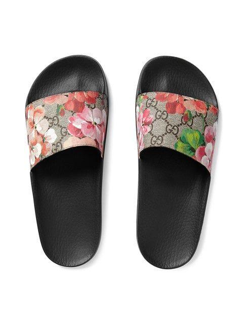 f91a952ba Gucci GG Blooms Supreme Slide Sandals - Farfetch