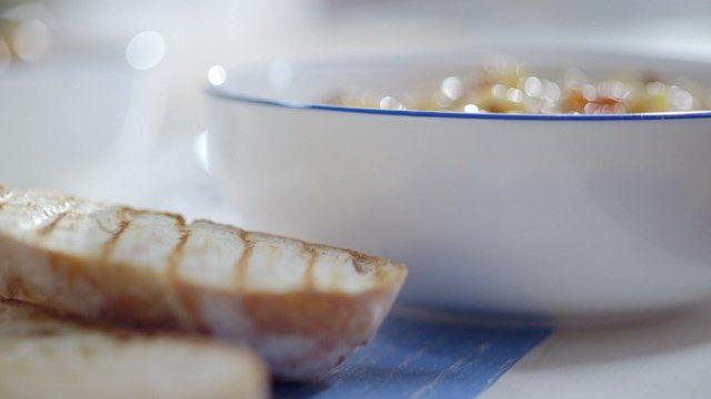 Macaroni « avec pas de viande » - sceau GLP (mais à congeler car ça en fait beaucoup!)